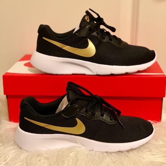Nike Shoes | Nike Tanjun Blackgold